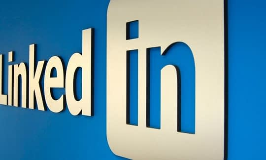 logo do linkedin em perspectiva